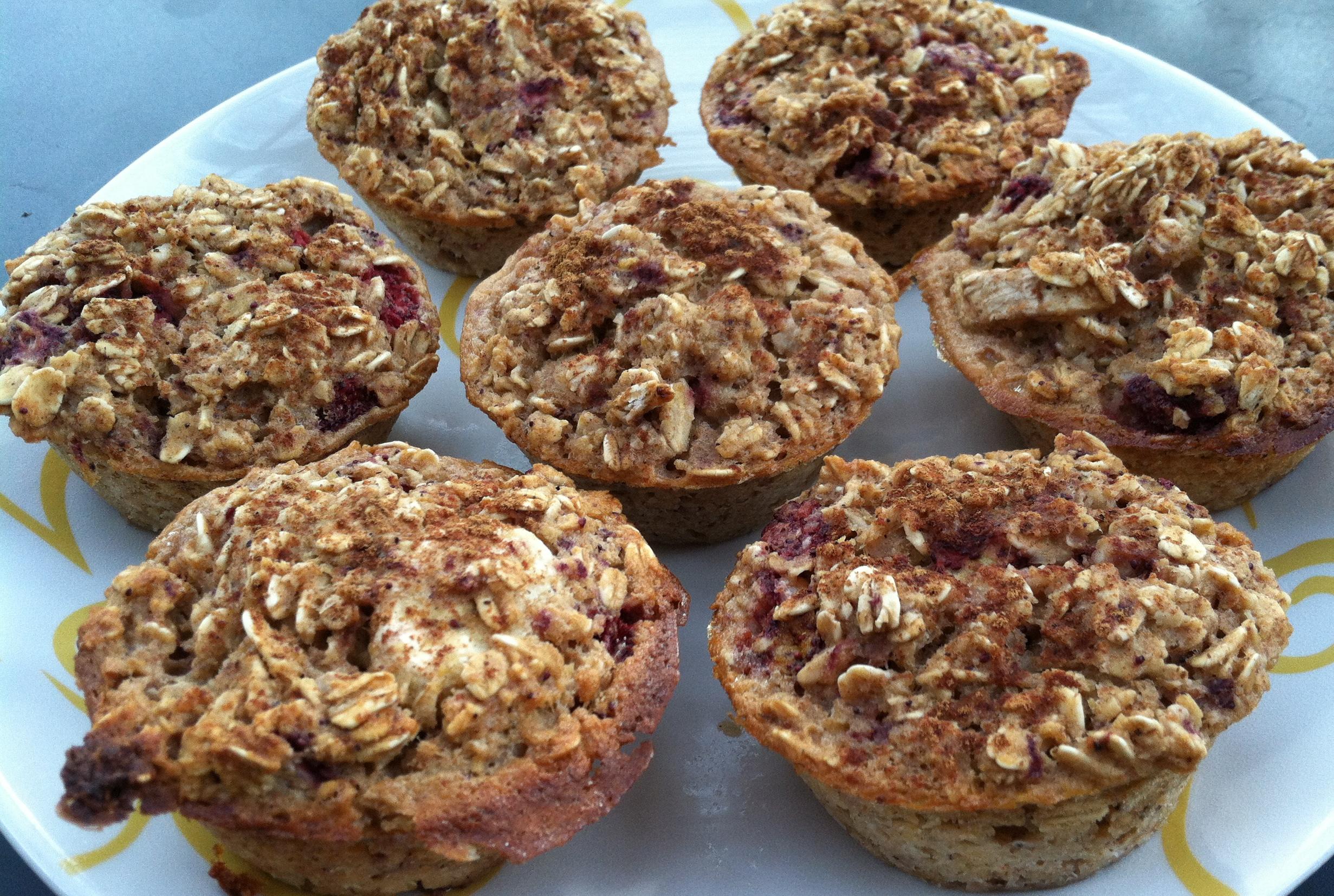 Wild Strawberry Banana Oatmeal Muffins - Marathons and Macarons